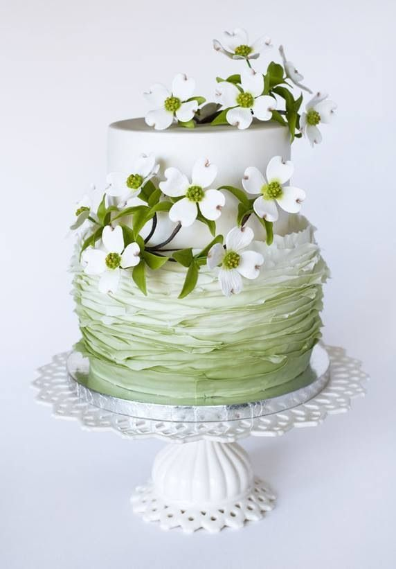 Old Fashion Swag Floral Wedding Cakes