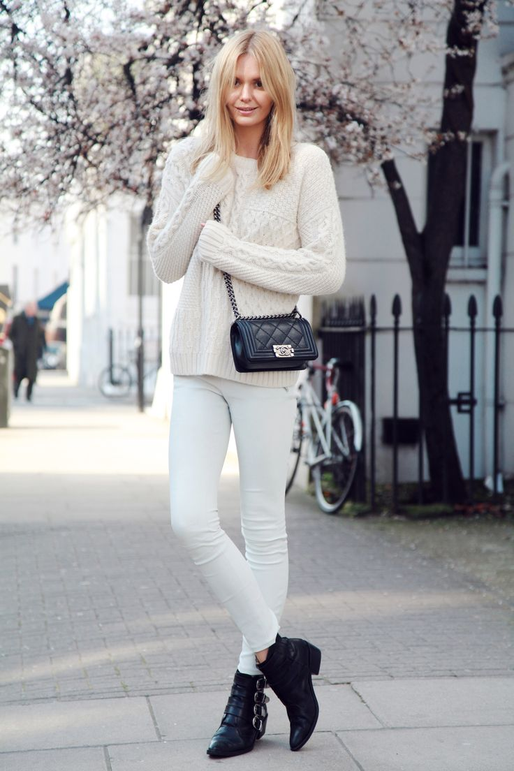@Jessica Stein of Tuula Vintage takes a stroll in J BRAND's Leather Super Skinny in Ghost White.