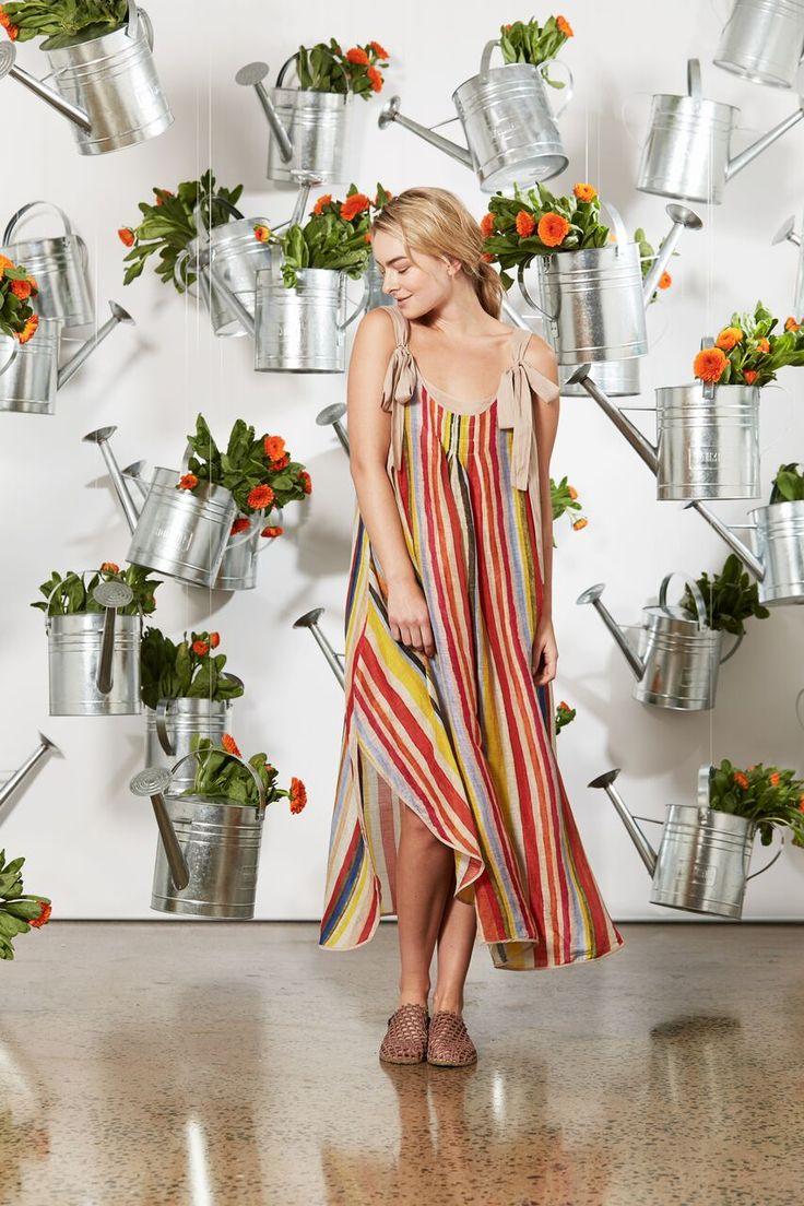 Maud Dainty - Free Style Dress