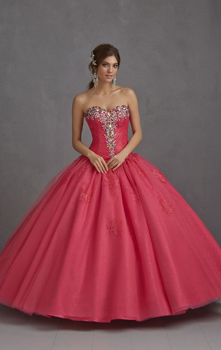 117 best quince images on Pinterest | 15 anos dresses, Ballroom ...