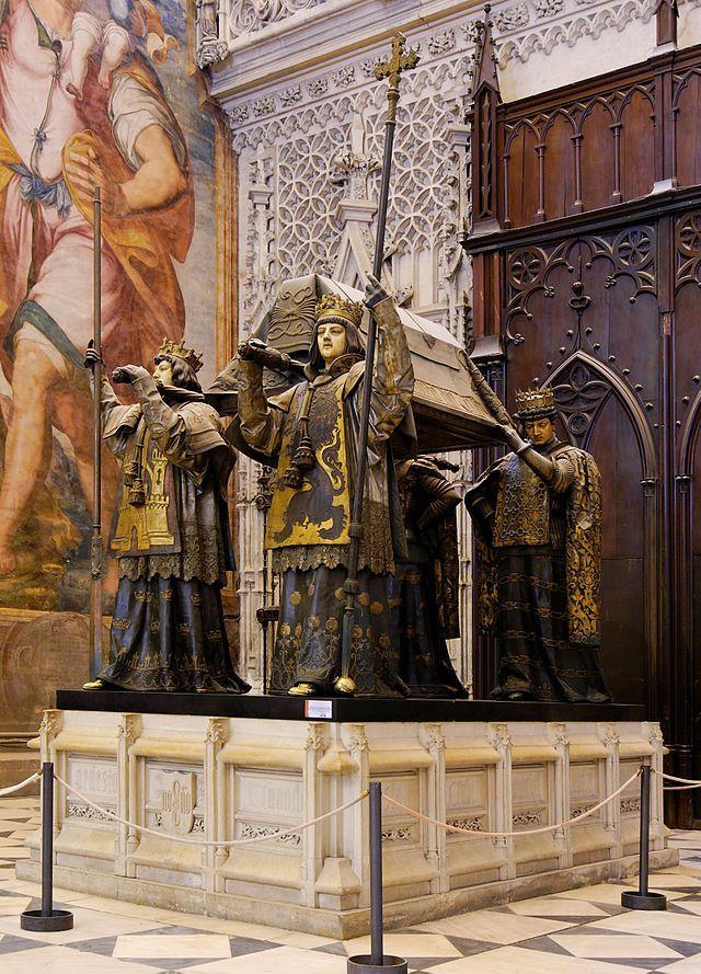 """""""Tumba de Cristóvão Colombo"""". 'Catedral de Sevilha'.  # Sevilha, Espanha."""