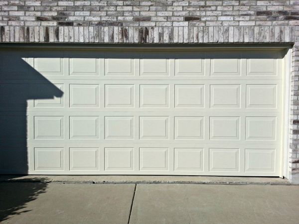 17 best ideas about standard garage door sizes on Standard garage door dimensions