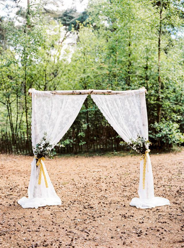 outdoor forest wedding bruiloft in bos hanke arkenbout