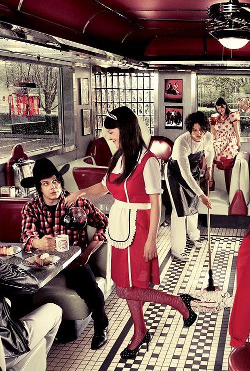 The White Stripes - Western diner multiexposure. (1)