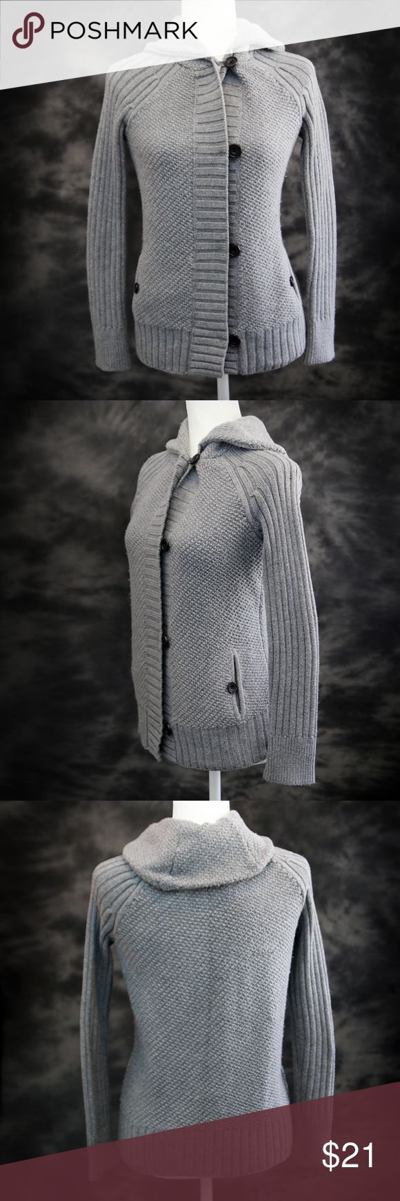 Gap Sweater Size Small •Gap Sweater Size Small •Enjoy this stylish, casual, and classic sweater by Gap.  Great with jeans or dress pants.  •Gently pre-loved sweater in great condition. •55% cotton, 25% rayon, 25% nylon.  •Measurements: lying flat length approx. 25 inches, Armpit to Armpit approx. 17 inches, sleeves approx. 26.5 inches. •Happy Shopping and Thank You for visiting Finas Fashions! (34) GAP Sweaters