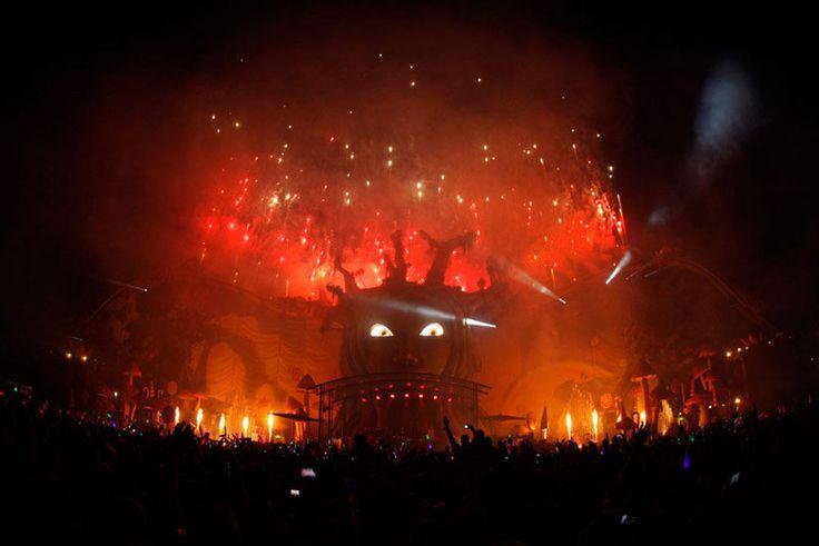 tomorrowland music festival stage belgium (9)