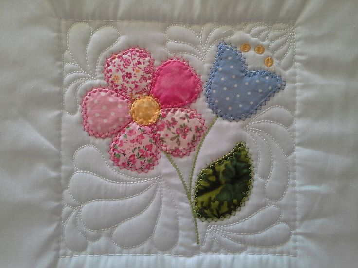 """TS1418 - Sew and Turn Applique QAYG Block 1  The first block in our series of Sew and Turn Applique Blocks. The Sew and Turn technique creates a lovely """"puffy"""" applique design very much like the traditional hand applique. #embroidery #applique #quilting"""