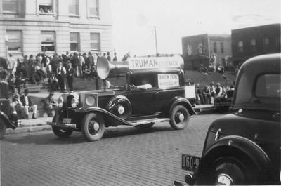 Campaign sound car for the Senate campaign of Judge Harry Truman, Poplar Bluff, Missouri, United States, circa Oct 1934