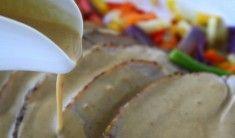 Fläskfile i krämig gorgonzolasås. Fläskfilen kan bytas ut mot oxfile och även mot kycklingfile. Det här behöver du till 4-5 portioner: 6 portionerpotatismos 2 äggulor 2 putsade fläskfilé salt och peppar Gorgonzolasås : 2 msk Smör 150 gram god gorgonzolaost 1 liten fin finhackad sharlottenlök 4 dl creme fraiche 1/2 … Läs mer