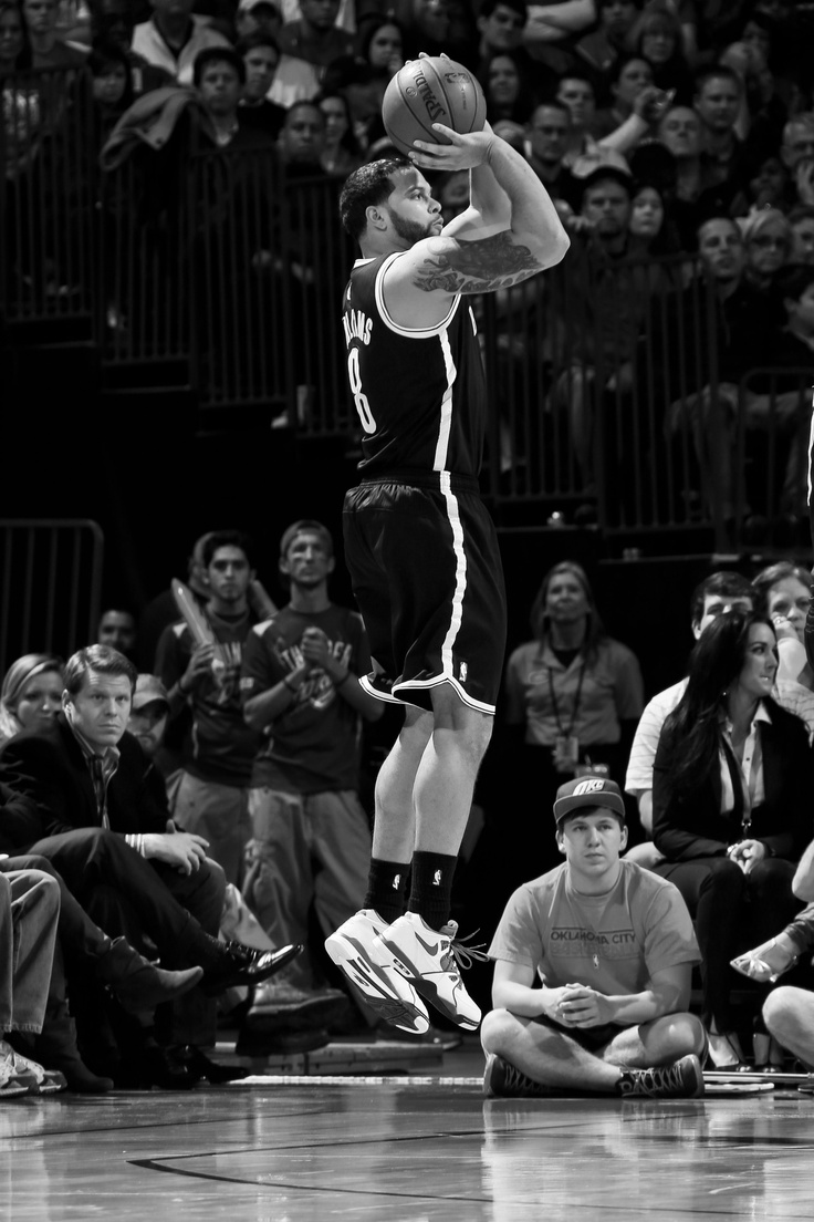 Deron Williams pulls up for a jumper against OKC.