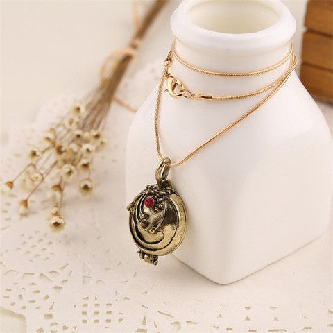 Vampire Diaries Vervain Locket Necklace