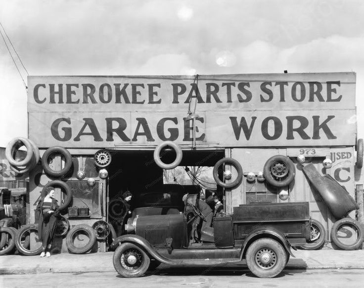 Cherokee Automobile Parts Garage March 1930s Photo Here is a neat collectible from Georgia in the 1930s. This is an excellent reproduction of an old photo on quality photography paper not cheap ink je