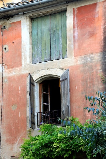 Provencal style: France Baby, Douc France, Antiques Shutters, Color, French Window, Balconies, Provence Style, Beautiful, Architecture