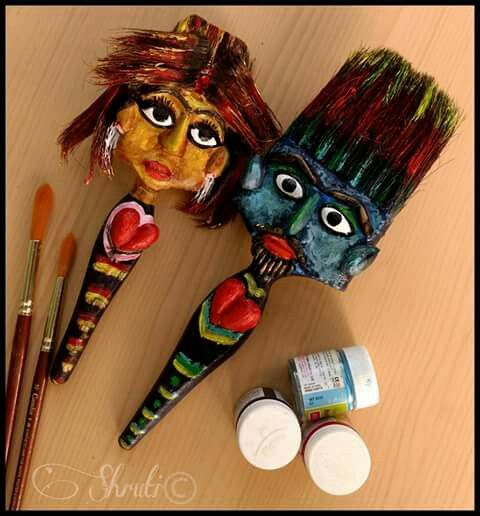 Old spoiled painting brushes best out of waste craft for Best out of waste creative things