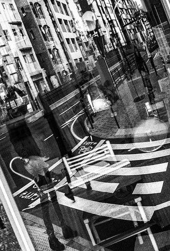"City life ""Tokyo 東京"" snapshot  *Leica M6 Titanium (0.85 modified) *Canon 50mm f/0.95 lens (modified for Leica-M) *Film Fuji Natura1600 → Opticfilm 8200ai B&W Scan  akihirohamada.blogspot.jp/"