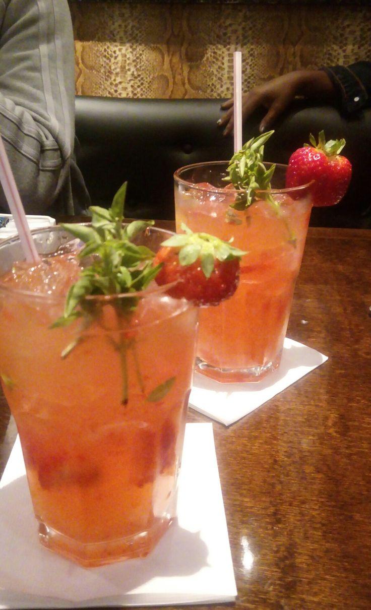 Limonada de morango com manjericão ❤