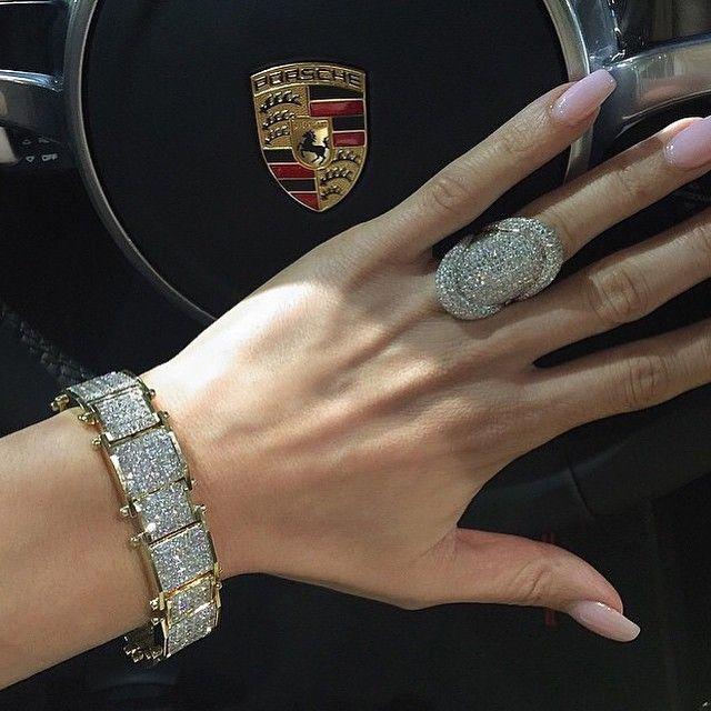 Stunning @houseofkdor jewelry via @thestyleluxe ✨✨✨✨