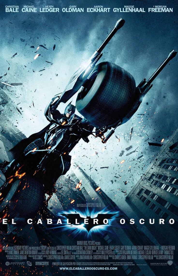CINE FANTÁSTICO NOL - Batman (Christian Bale) regresa para continuar su guerra contra el crimen. Con la ayuda del teniente Jim Gordon (Gary Oldman) y del Fiscal del Distrito Harvey Dent (Aaron Eckhart), Batman se propone destruir el crimen organizado en la ciudad de Gotham. El triunvirato demuestra su eficacia, pero, de repente, aparece Joker (Heath Ledger), un nuevo criminal que desencadena el caos y tiene aterrados a los ciudadanos.
