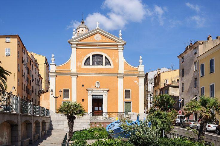 La cathédrale Notre-Dame-de-l'Assomption ou cathédrale Santa Maria Assunta d'Ajaccio, située dans la ville génoise, fut inaugurée en 1593 ; elle se rattache au diocèse d'Ajaccio. Napoléon Ier y est baptisé le 21 juin 1771