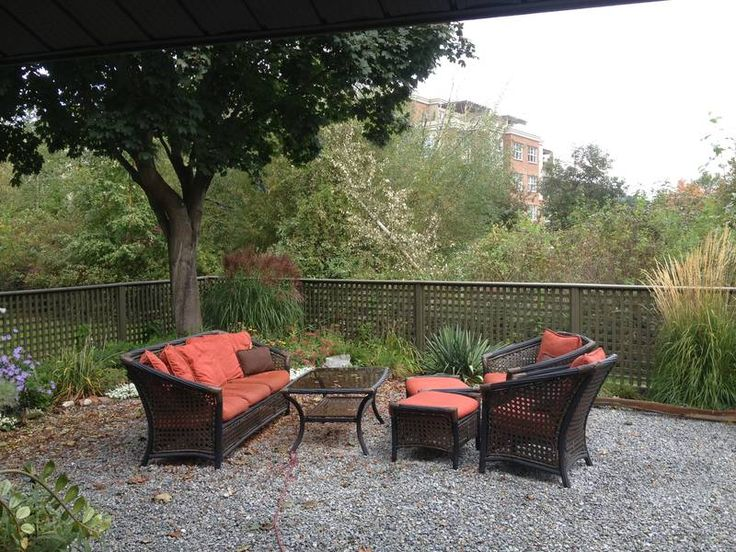 Central Townhouse - July 1st or 15t - Castanet Classifieds