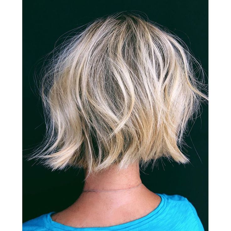 Master The Cool-Girl Bob With 3 Cutting Techniques – Behindthechair.com