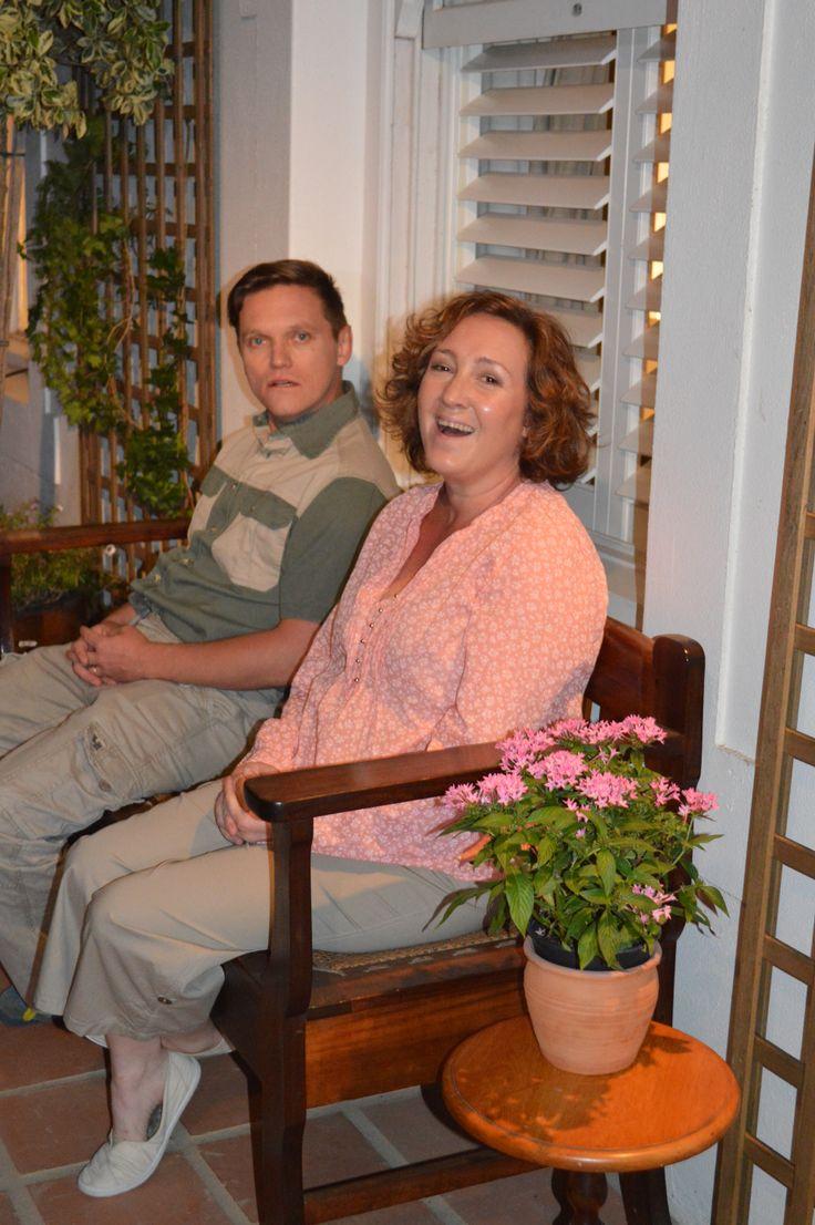 NA ---> So het Klein Welmoed Gastehuis gelyk tydens die verfilming van LekkeSlaap se eerste YouTube-advertensie (http://www.youtube.com/watch?v=Buli3fpxS34)