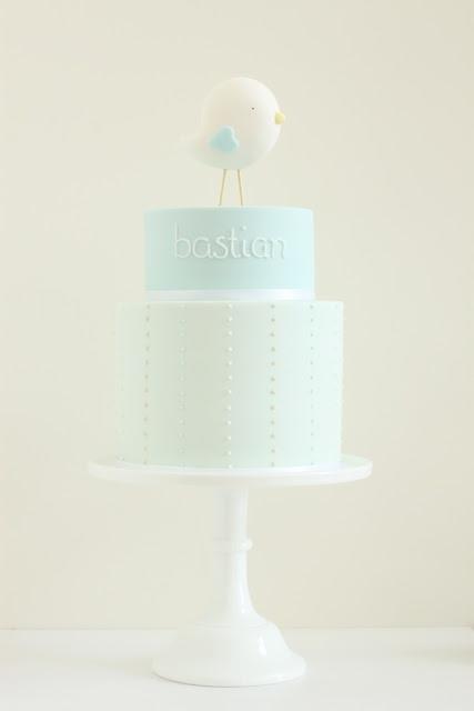 hello naomi  my favourite christening cake