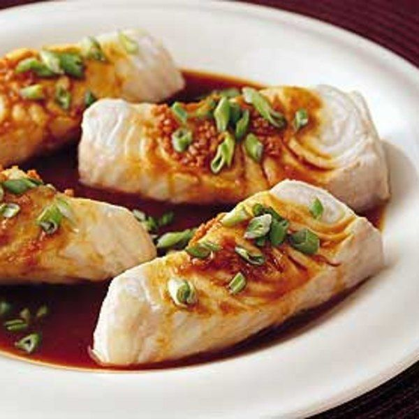 SEA BASS WITH CITRUS AND SOY http://www.epicurious.com/recipes/food/views/sea-bass-with-citrus-and-soy-106309 http://www.epicurious.com/recipes/food/views/oven-roasted-sea-bass-with-ginger-and-lime-sauce-5919 http://www.jamieoliver.com/recipes/fish-recipes/asian-steamed-sea-bass/