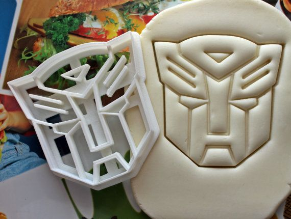 Hey, I found this really awesome Etsy listing at https://www.etsy.com/listing/212164144/transformers-autobots-symbol-cookie