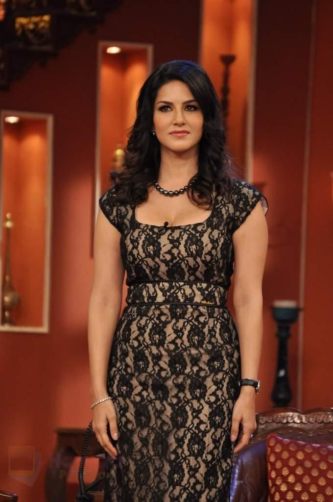 #SunnyLeone successfully #vanquished many big #celebrities and sustained the number one spot yet again #Glamour #Celebrity #Bollywood #Hot View Full Image at http://www.laughspark.com/sunny-leone-successfully-vanquished-many-big-celebrities-and-sustained-the-number-one-spot-yet-again-9645