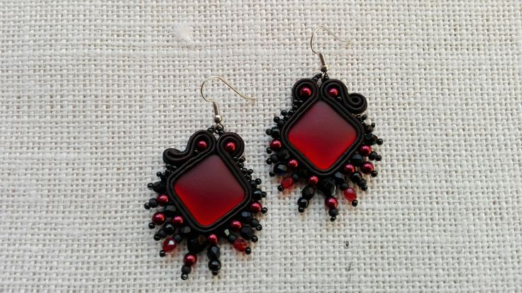 EARRING RED SOFT-Touch,fashionable earrings,woman accessories,handmade jewelry, made in Italy, earrings soutache, red earrings, soutache di MuciddosBeads su Etsy