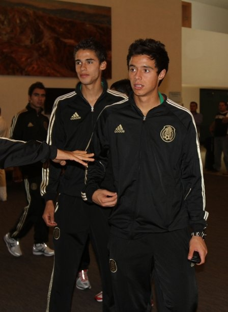 diego reyes y toño   #mexicos soccer team<3super excited for tomorroe!!! tono if making hes big debute!!! good lucky!