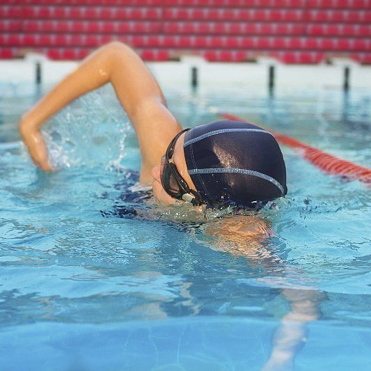 The 4-Week Plan to Swimming Your First Mile