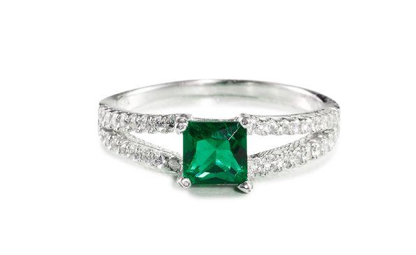 Princess Emerald Cubic Zirconia Ring Silver