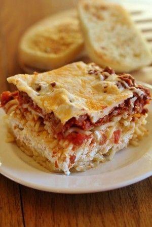 Million Dollar Spaghetti Casserole. With 10K repins.....it must be good!