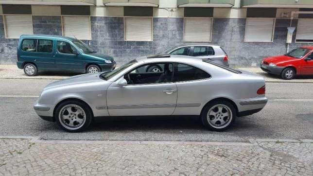 Mercedes CLK 320 V6 preços usados