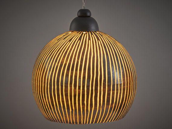 17 meilleures id es propos de lustres de salle manger for Lampe au dessus d une table