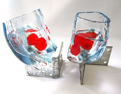"Check out new work on my @Behance portfolio: ""The Quarter Apple Glass"" http://be.net/gallery/47881653/The-Quarter-Apple-Glass"