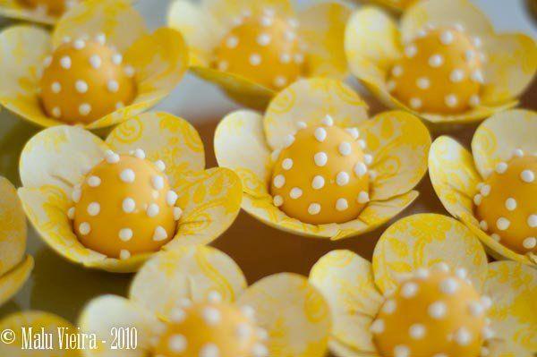 Docinhos Amarelo Poá