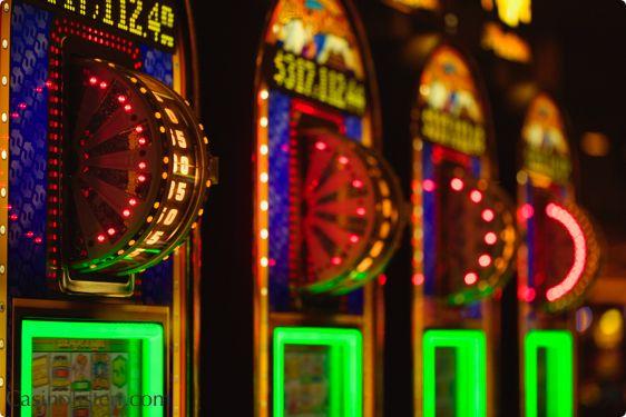 Spillemaskiner i Las Vegas, hvilke er populære? #slots #lasvegas #usa