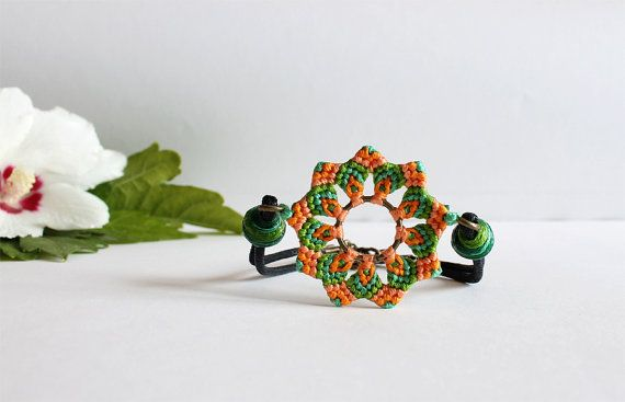 Flower Beaded Bracelet Mandala Macrame by KnottedWorld on Etsy, €8.30