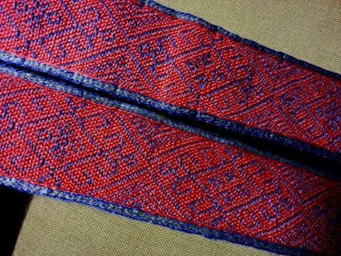 linen brocade, pattern taken from Anne Neuper's Modelbuch (early 16th century) with a minor variation 6.5 cm wide, 61 cards.  Tablet woven by Kristine Vike