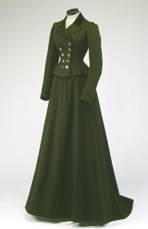 Riding Habit, 1900 victorian dress gown costume #timetravelcostumes @TimeTravelStyle