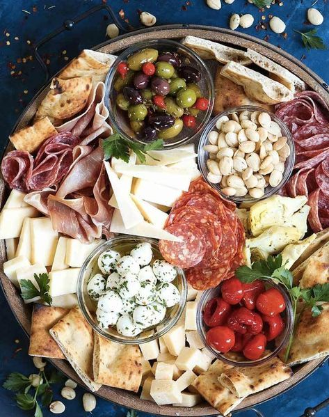 15 Drop-Dead-Gorgeous Charcuterie Boards to Elevate Your Dinner Party - crazyforus