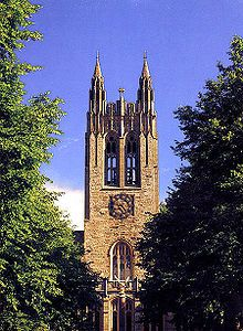 Gasson Hall in Boston College. Reminds me of graduation day, lining up and hearing the bells ring. Oh nostalgia.