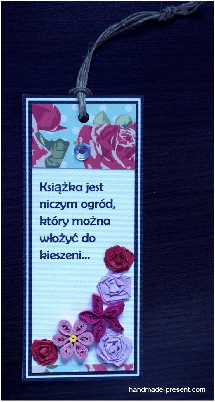 Ręcznie robiona zakładka do książki wykonana w technice quilling :) http://handmade-present.com/walentynki/zakladka-ksiazki-z-kwiatami/