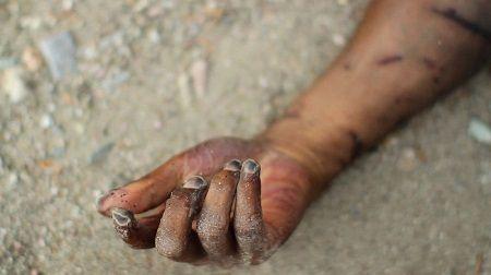 Woman Drinks Poison Inside Her Home in Niger After… http://abdulkuku.blogspot.co.uk/2017/05/woman-drinks-poison-inside-her-home-in.html