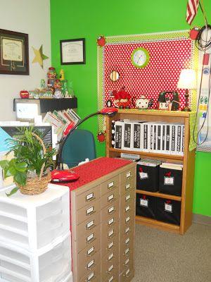 nikKINDERGARTEN - Teacher's desk area with storage for important paperwork