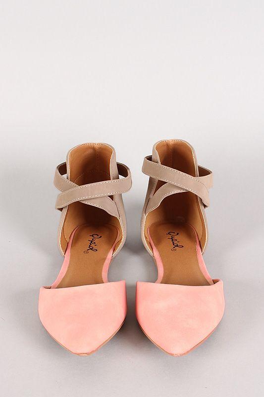 Sweet, soft blush <3 Qupid Pointer-70 Two Tone Pointy Toe Flat #urbanog