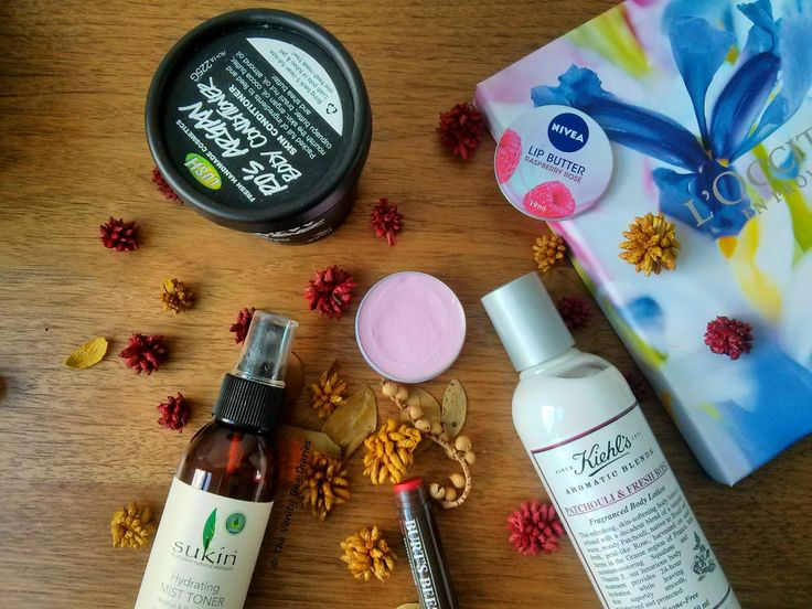 Today's post features 5 Rose products I have been loving lately ! If you are not big on Rose products, there is still something in this post for you as these products are not typical rose products but have some rose element to them. I am not much of a typical rose or sweet smell lover but still I de